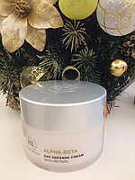 Дневной защитный крем DAY DEFENSE CREAM SPF 12 Alpha-Beta Retinol Holy Land 250 мл