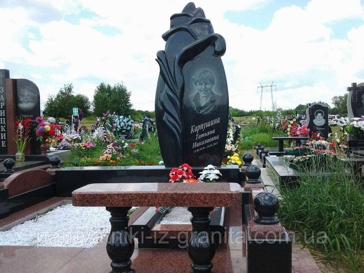 Памятник в виде цветка № 4