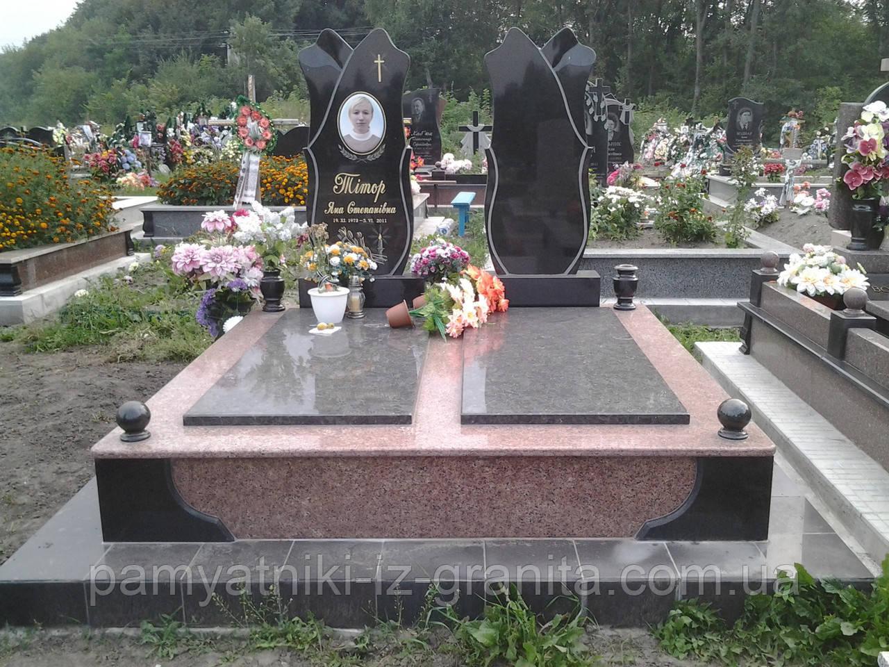 Памятник в виде цветка № 8