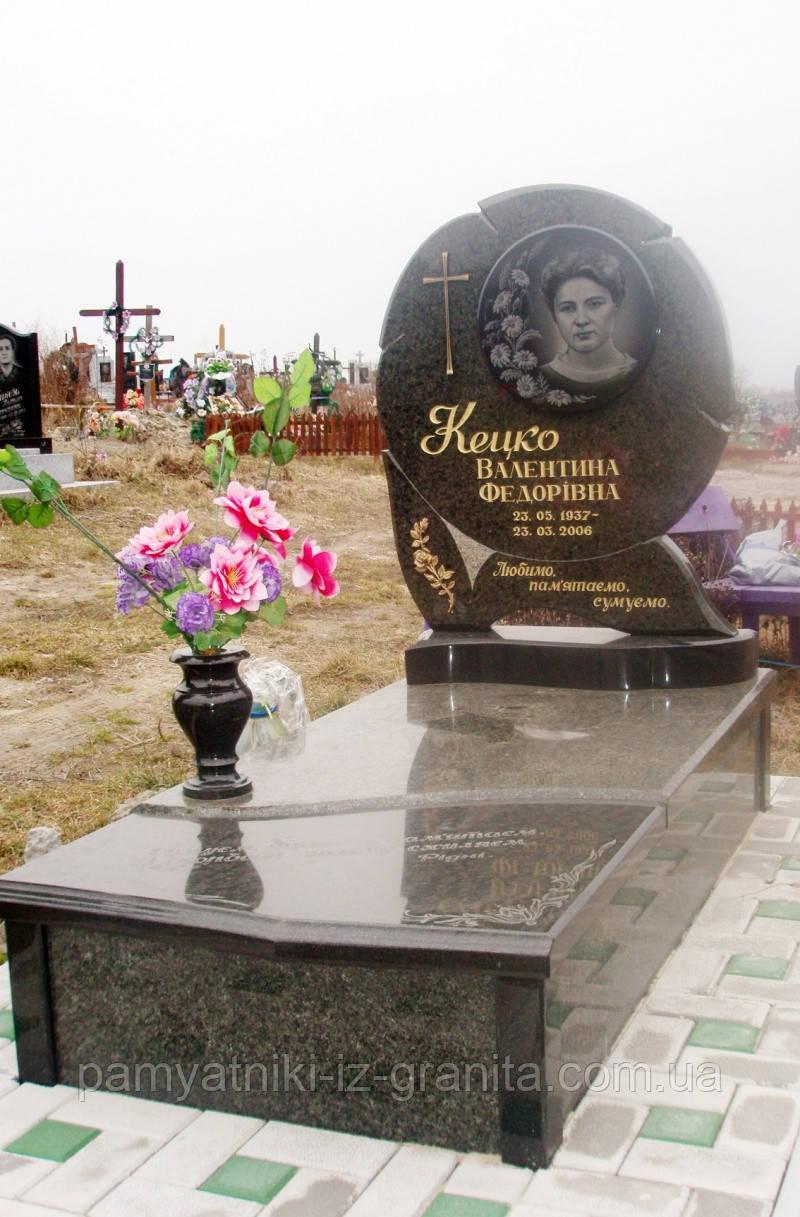 Памятник в виде цветка № 14