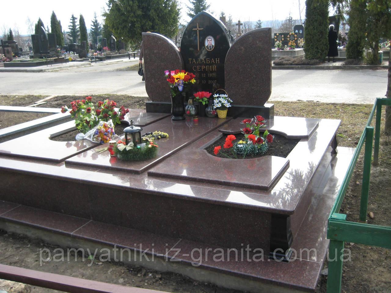 Памятник в виде цветка № 23