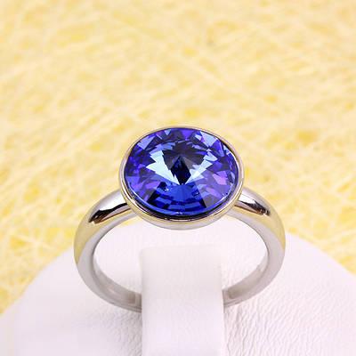 R13-0033 - Кольцо с кристаллом Swarovski Rivoli Sapphire Crystal родий, 17.5 р.