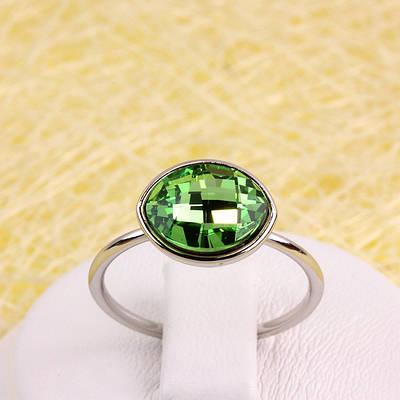 011-0041 - Кольцо с кристаллом Swarovski Navette Peridot Crystal родий, 16.5, 17, 17.5 р.