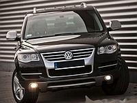 Накладка переднего бампера на Volkswagen Touareg 2007-2010, стеклопластик