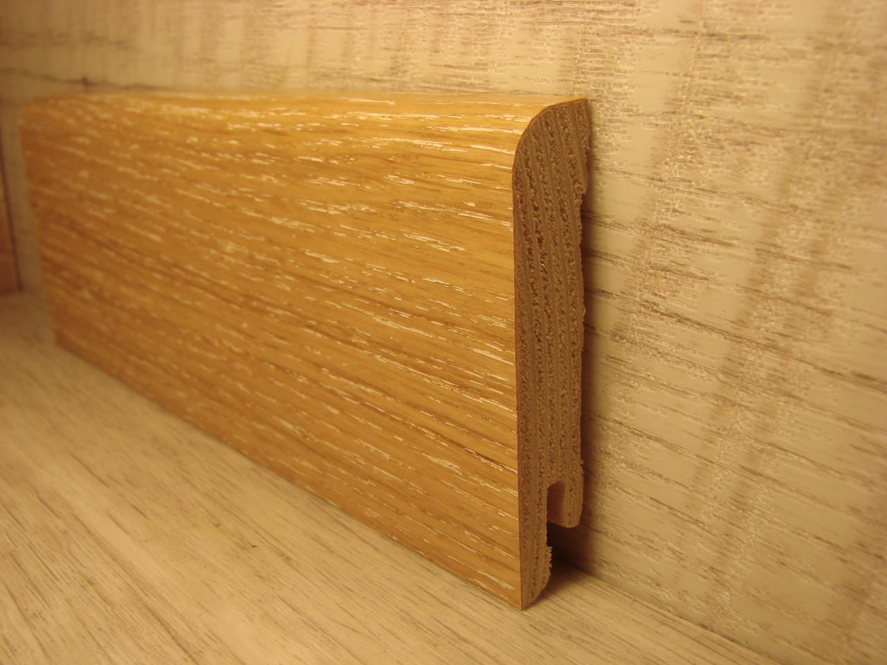 Плинтус деревянный напольный шпонированный Дуб белый мелкий 15*70*2400мм