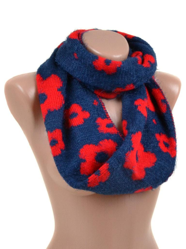 Модный вязаный шарф снуд