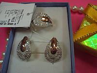 Серебряные кольцо и серьги с белыми фианитами