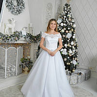 Белое свадебное платье на корсете