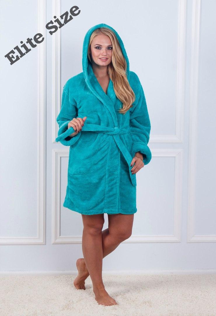 Короткий женский халат с капюшоном и под пояс 61926