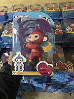 Fingerlings monkey интерактивная ручная обезьянка, 100% работающих функций, 13 см малиновая