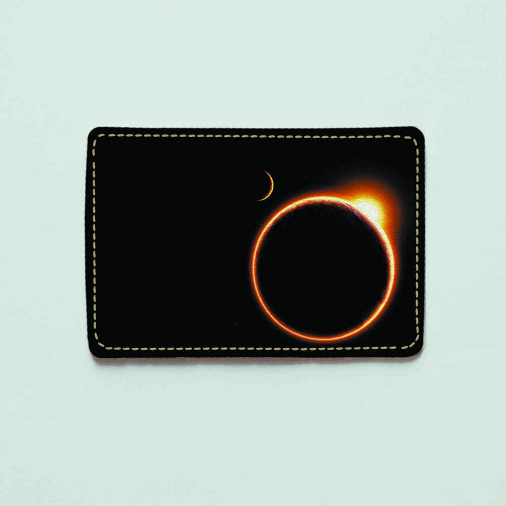 Картхолдер v.1.0. Fisher Gifts  514 Затмение солнца (эко-кожа)