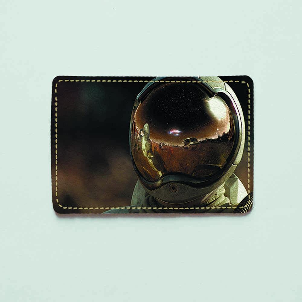 Картхолдер v.1.0. Fisher Gifts  520 Космонавт в скафандре (эко-кожа)