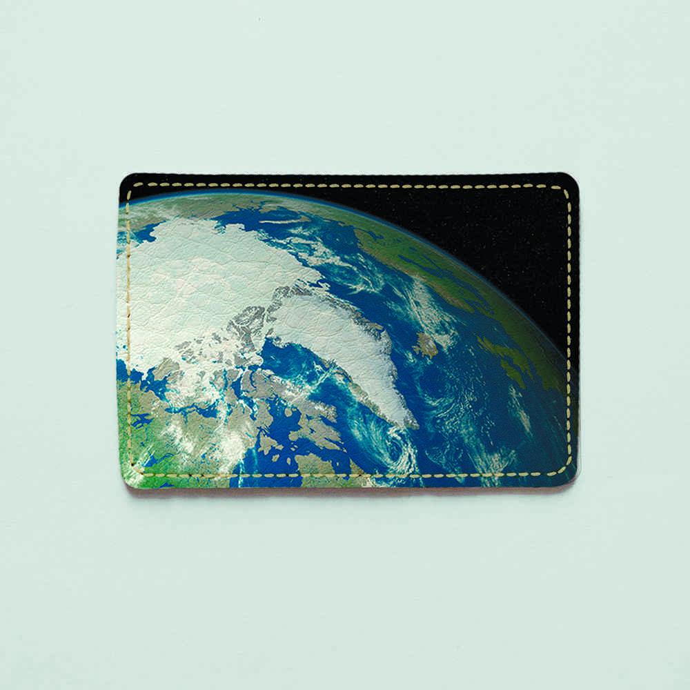 Картхолдер v.1.0. Fisher Gifts  522 Пейзаж Земли с космоса (эко-кожа)