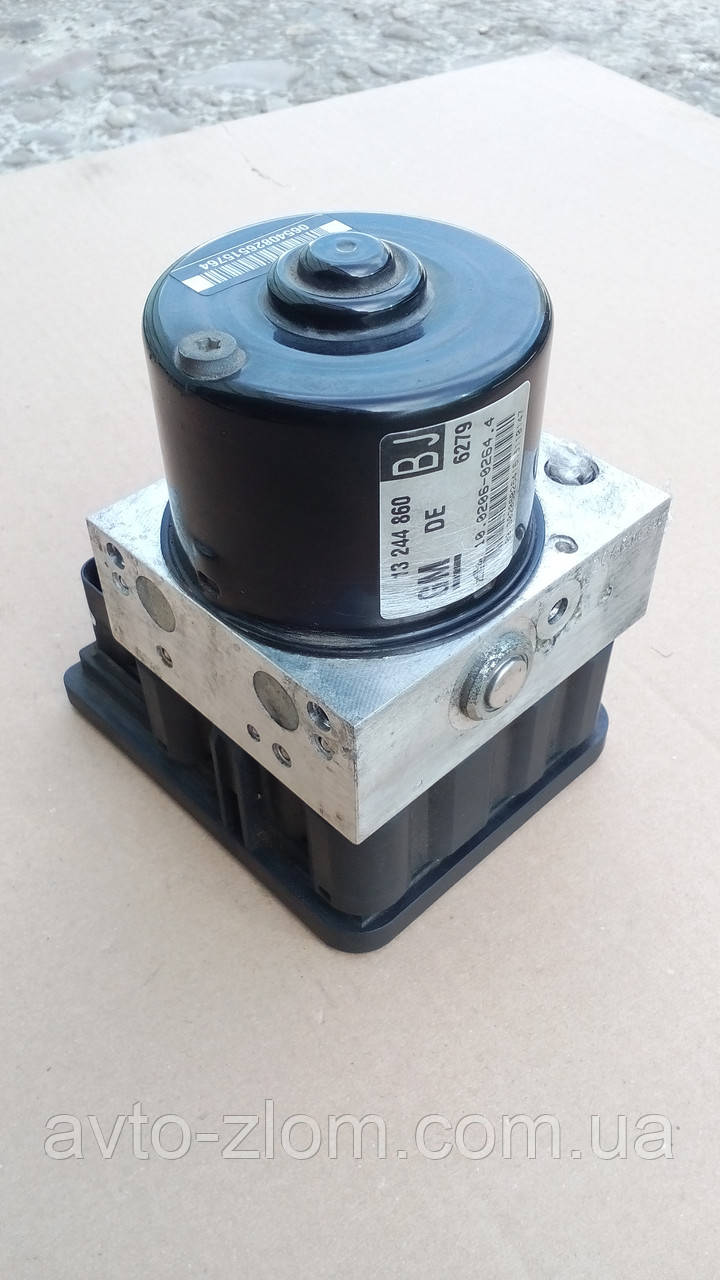 Блок управления ABS Opel Zafira B, Astra H. 13244860, 10.0960-0570.3, 00404674С0.