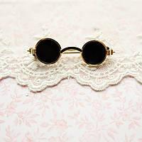 Очки мини для куклы, солнцезащитные, золото - 5*1.5 см