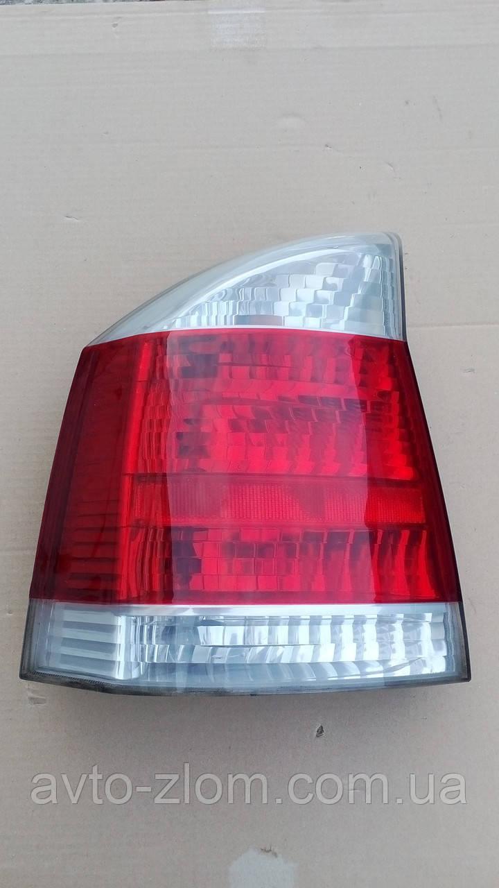 Фонарь, стоп левый Opel Vectra C, Опель Вектра Ц. Бело красный.