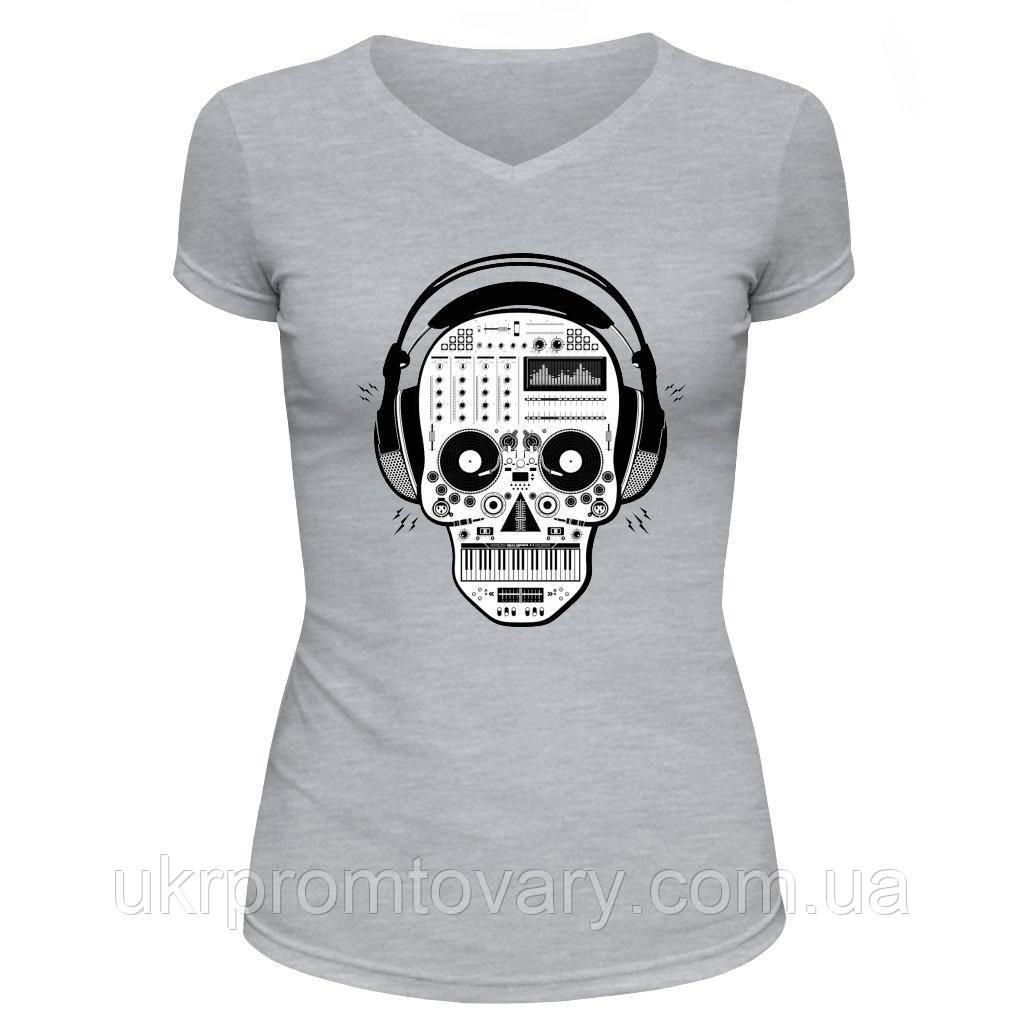 Футболка женская V-вырезом - Techno skull, отличный подарок купить со скидкой, недорого