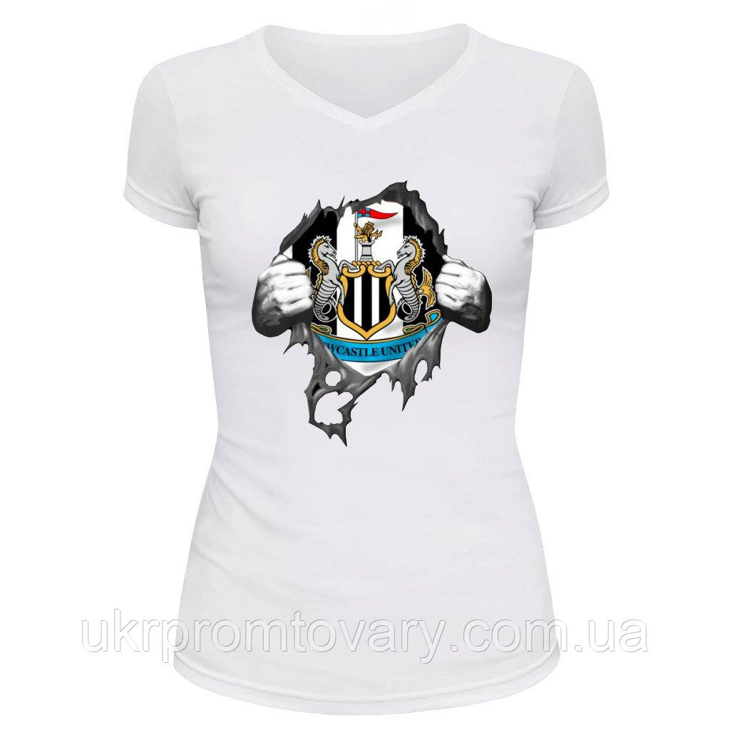 Футболка женская V-вырезом - Ньюкасл, отличный подарок купить со скидкой, недорого