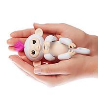 Интерактивная ручная обезьянка Fingerlings Wowwee White Белая