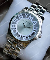 Часы Marc Jacobs в серебре
