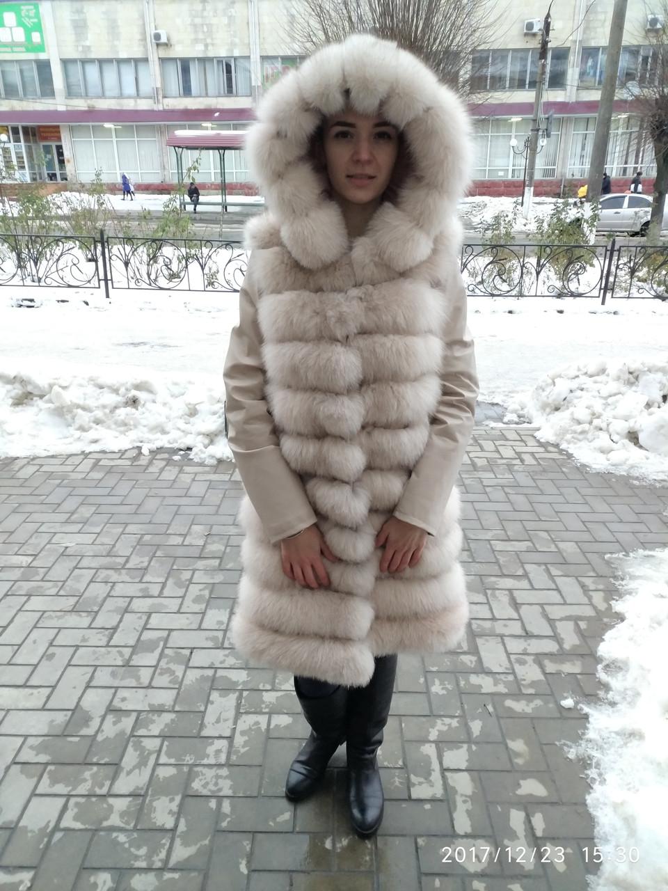 Шубка-куртка трансформер из финского песца цвет пудра,кожаный рукавчик сьемный