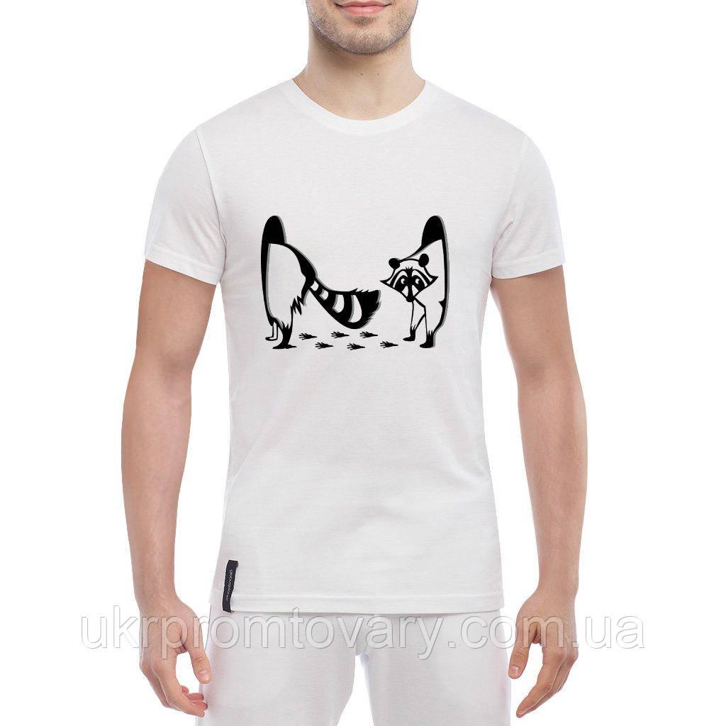 Мужская футболка - Енот в дыре, отличный подарок купить со скидкой, недорого