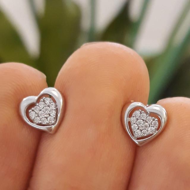 Золотые серьги в виде сердца - Серьги сердечки белое золото фото