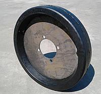 Шина колеса зернометателя