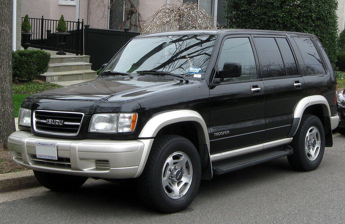 Лобовое стекло на Isuzu Trooper (1992-2002), Opel Monterey, Holden Jackaroo (1992-2002)