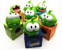 Игрушка-пищалка Ам ням Om Nom в фирменных коробочках из популярной игры Cut the Rope., фото 1