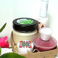 Набор косметики  (бальзам для укрепления волос, косметическое молочко, гидрофильный гель скраб, ночной крем )