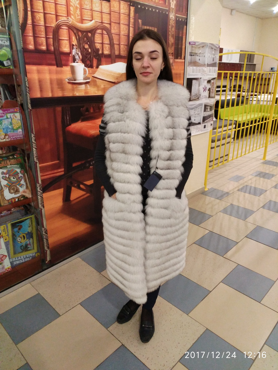 Шуба-куртка из натурального меха песца