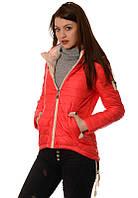 Женская куртка. Красная.