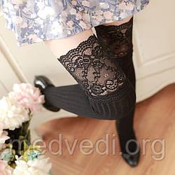 Черные женские гольфы-чулки выше колена с изящным кружевом