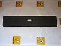 Молдинг средний правый Renault Master / Movano 2010> (OE RENAULT 768F30003R)