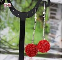 Сережки для девушек длинные красного цвета