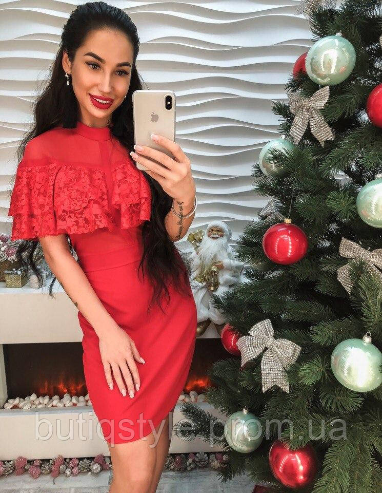 Красивое элегантное кружевное платье перелин только красное
