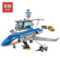 Конструктор Lepin 02043 аналог Lego City 60104 Пассажирский терминал аэропорта, 718 деталей