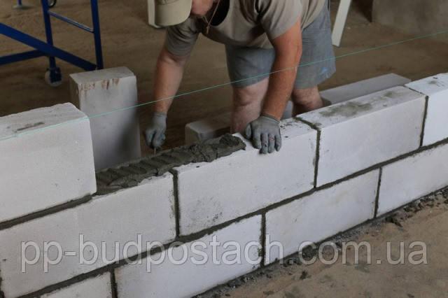 Переваги газоблоків перед іншими видами будівельних матеріалів