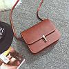 Жіноча маленька сумочка на засувці коричнева з екошкіри