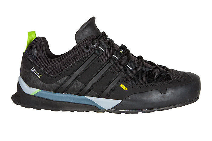 Кроссовки  Adidas Terrex Solo