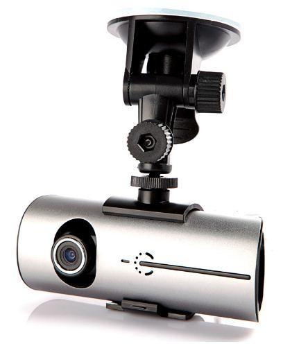 Автомобильный GPS видеорегистратор R300 c двумя камерами