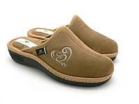 Домашние обувь Spesita. Женские закрытые тапочки, танкетка, анатомическая подошва, бежевый (36-41)