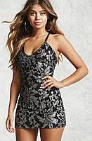 Короткое нарядное  платье 44 р в пайетках Forever21
