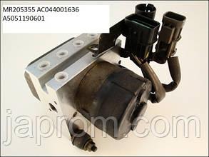 Блок ABS Q003T05471 MR205355 Mitsubishi Galant 7 1992—1998г.в.