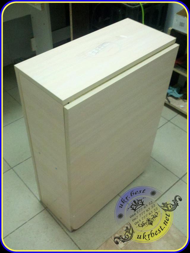 Стол для маникюра Макси светлый - молочный дуб - в сложенном виде, как компактная тумба. В наличие на складе UkrBest в Киеве. Цена 750 грн.
