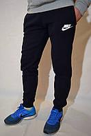Спортивные штаны с манжетами Nike - темно-синие
