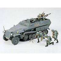 Немецкий колесный БТР Hanomag Sd.Kfz. 251/1 (код 200-265539)