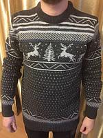 Теплый мужской свитер с орнаментом олени