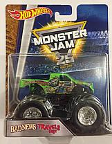 Машинка внедорожник (Монстр-трак) Hot Wheels Monster Jam 1:64 Travels Fast